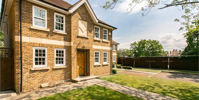 Asking Price £1,095,000, 5 Bedroom Detached House For Sale in London, SW16