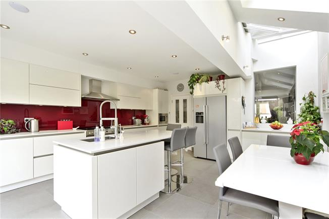 Asking Price £1,295,000, 4 Bedroom Terraced House For Sale in London, SW12