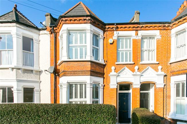 Asking Price £1,199,999, 4 Bedroom Terraced House For Sale in London, SW12