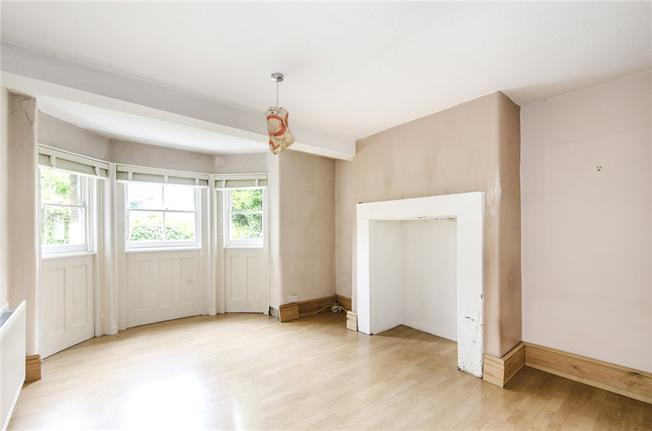 Asking Price £459,000, 1 Bedroom Flat For Sale in London, SW16