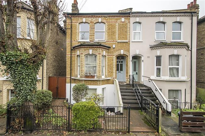 Asking Price £1,500,000, 5 Bedroom Semi Detached House For Sale in London, SW12
