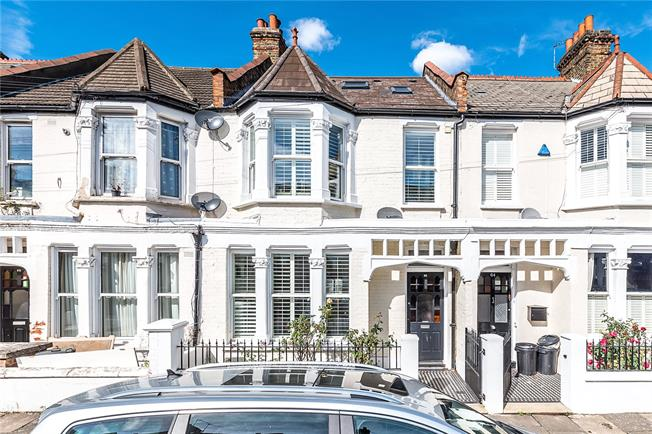Asking Price £1,350,000, 5 Bedroom Terraced House For Sale in London, SW12