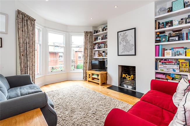 Asking Price £800,000, 4 Bedroom Flat For Sale in London, SW12