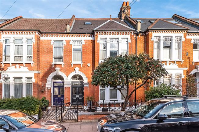 Asking Price £1,625,000, 6 Bedroom Terraced House For Sale in London, SW17