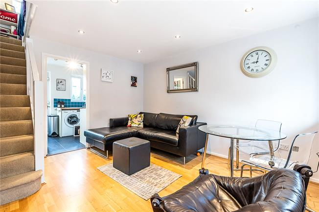 Asking Price £450,000, 1 Bedroom Terraced House For Sale in London, SW12