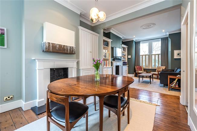 Asking Price £1,300,000, 5 Bedroom Terraced House For Sale in London, SW12