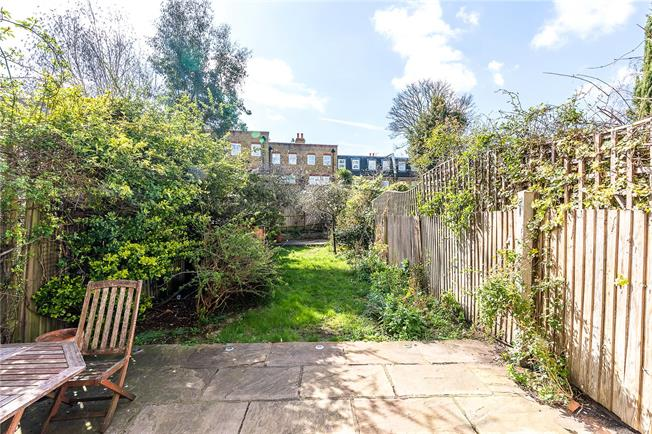 Asking Price £1,500,000, 5 Bedroom Terraced House For Sale in London, SW12
