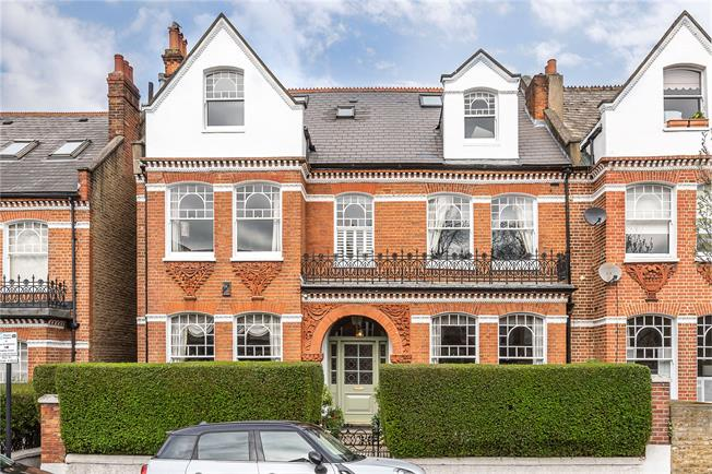 Asking Price £2,950,000, 7 Bedroom House For Sale in London, SW17