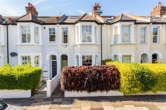 Asking Price £1,225,000, 5 Bedroom Terraced House For Sale in London, SW12