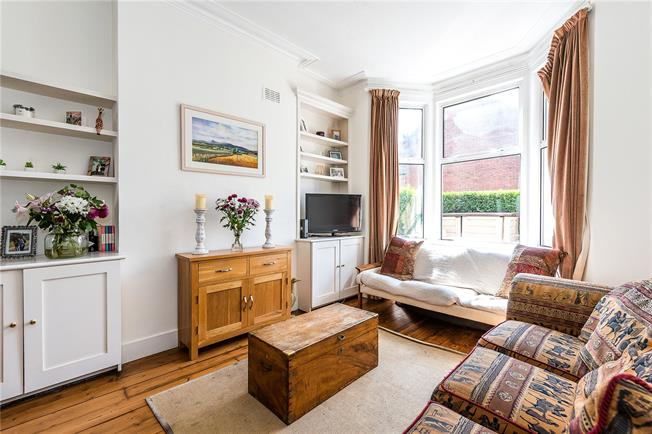 Asking Price £1,100,000, 4 Bedroom Terraced House For Sale in London, SW12