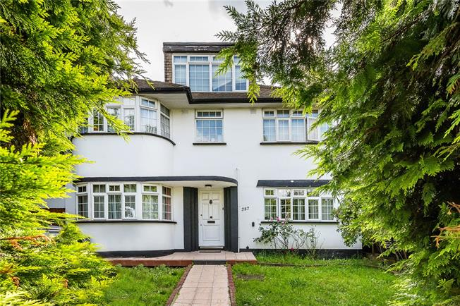 Offers in excess of £800,000, 5 Bedroom Detached House For Sale in London, SW16