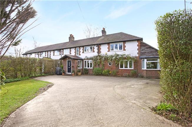 Guide Price £850,000, 4 Bedroom Semi Detached House For Sale in Amersham, HP7