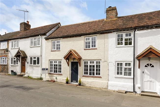 Guide Price £550,000, 3 Bedroom Terraced House For Sale in Winchmore Hill, HP7
