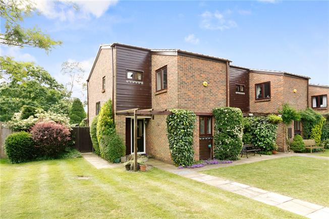 Asking Price £599,950, 4 Bedroom Semi Detached House For Sale in Latimer, HP5