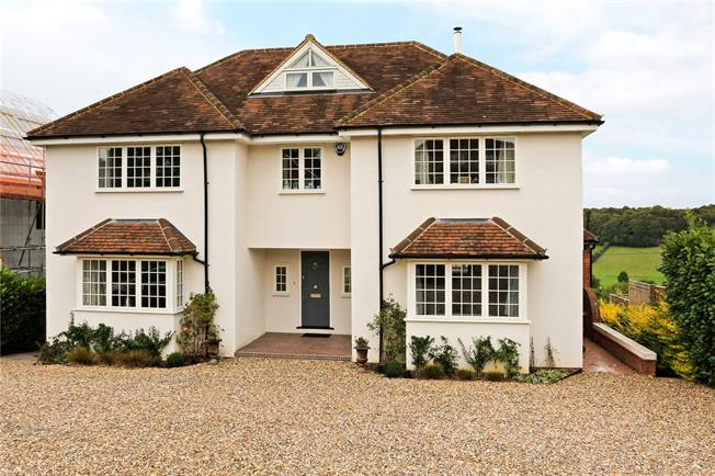Guide Price £1,295,000, 5 Bedroom Detached House For Sale in Buckinghamshire, HP5