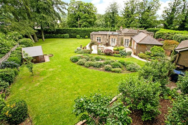 Offers in the region of £750,000, 3 Bedroom Detached House For Sale in Buckinghamshire, HP5