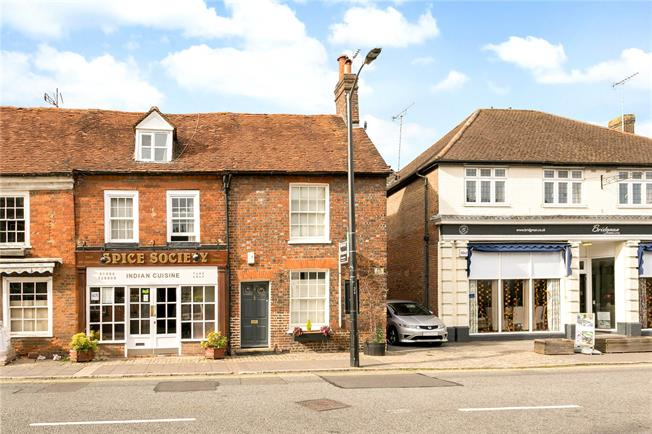Guide Price £650,000, 3 Bedroom End of Terrace House For Sale in Amersham, HP7