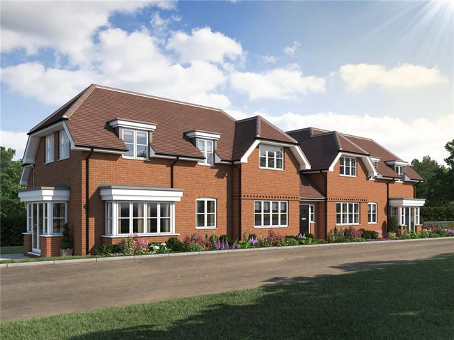 Asking Price £340,000, 2 Bedroom Flat For Sale in Chesham, Buckinghamshire, HP5