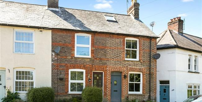 Guide Price £389,950, 2 Bedroom End of Terrace House For Sale in Chesham, HP5