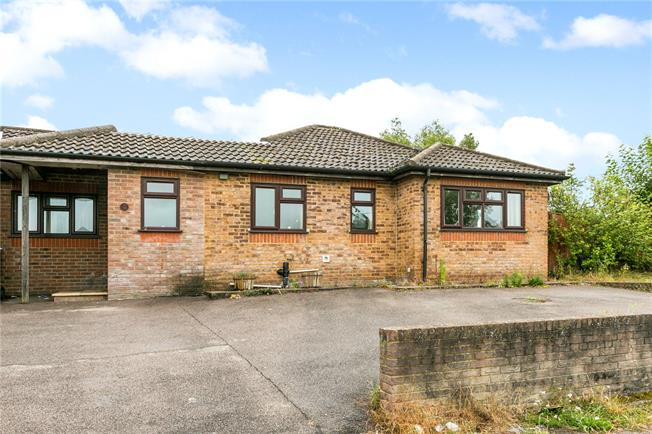 Asking Price £395,000, 3 Bedroom Bungalow For Sale in Buckinghamshire, HP7
