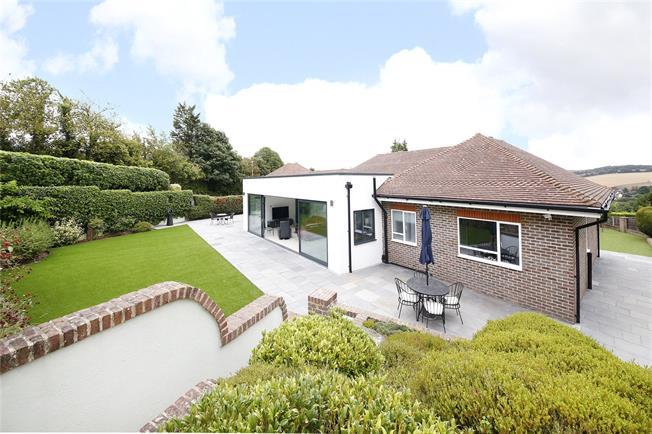 Guide Price £1,300,000, 4 Bedroom Detached House For Sale in Dartford, Kent, DA4