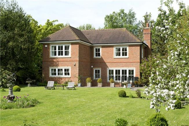 Guide Price £1,595,000, 5 Bedroom Detached House For Sale in Kent, TN15