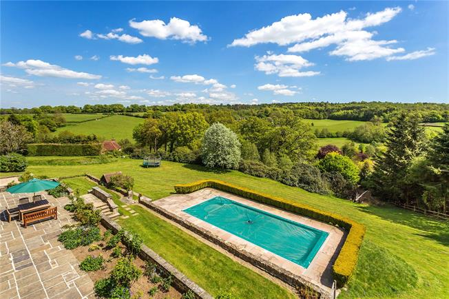 Guide Price £2,275,000, 6 Bedroom Detached House For Sale in Westerham, TN16