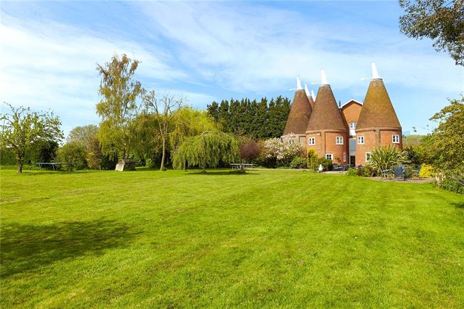 Offers in excess of £1,000,000, 5 Bedroom Semi Detached House For Sale in East Peckham, Tonbridge, TN12