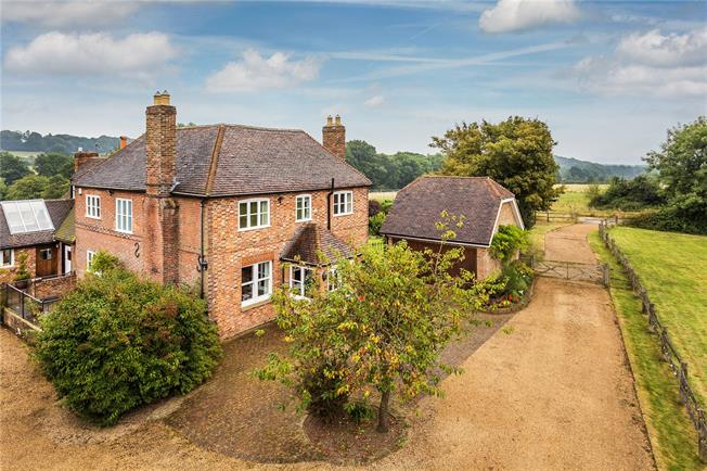 Guide Price £1,695,000, 4 Bedroom Detached House For Sale in Weald, TN14