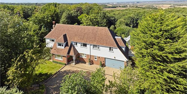 Guide Price £1,475,000, 5 Bedroom Detached House For Sale in Kent, DA12