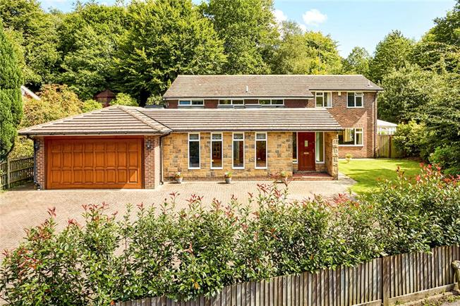 Guide Price £1,395,000, 5 Bedroom Detached House For Sale in Sevenoaks, TN13