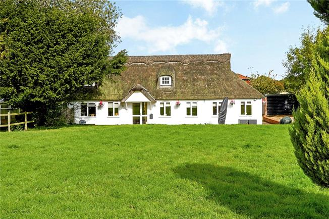Guide Price £700,000, 4 Bedroom House For Sale in Knatts Valley, TN15