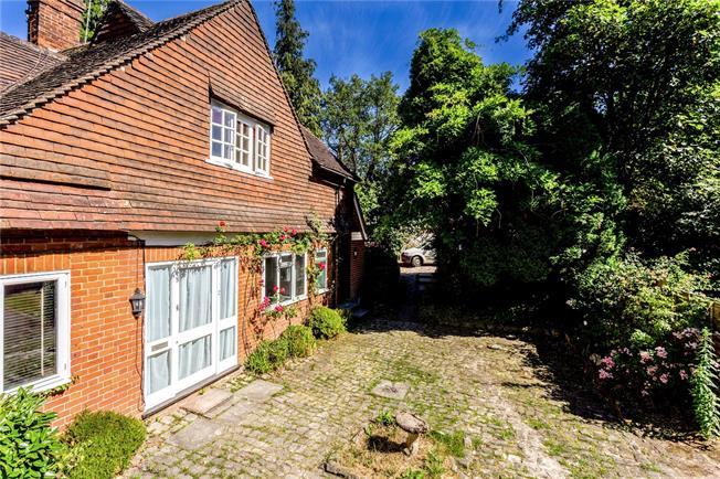 Guide Price £175,000, 1 Bedroom Flat For Sale in Sevenoaks, TN13