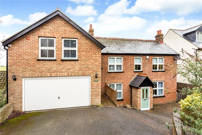 Asking Price £699,950, 4 Bedroom Detached House For Sale in Biggin Hill, TN16
