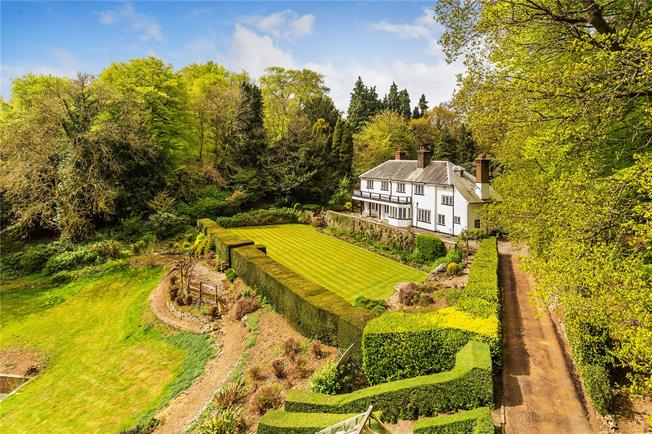 Guide Price £1,500,000, 6 Bedroom Detached House For Sale in Westerham, TN16