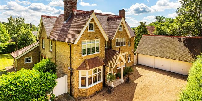 Guide Price £1,800,000, 5 Bedroom Detached House For Sale in Sevenoaks, Kent, TN13