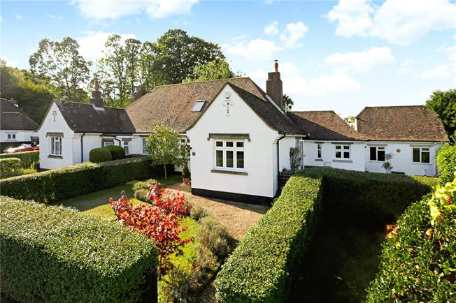 Guide Price £700,000, 3 Bedroom House For Sale in Seal, TN15