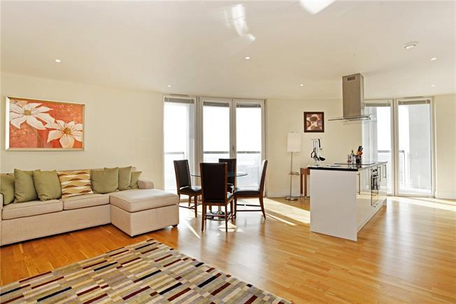 Offers in excess of £800,000, 2 Bedroom Flat For Sale in London, E14