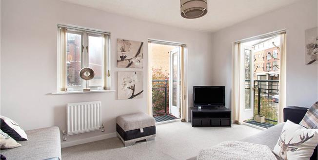 Asking Price £595,000, 3 Bedroom Semi Detached House For Sale in London, E16