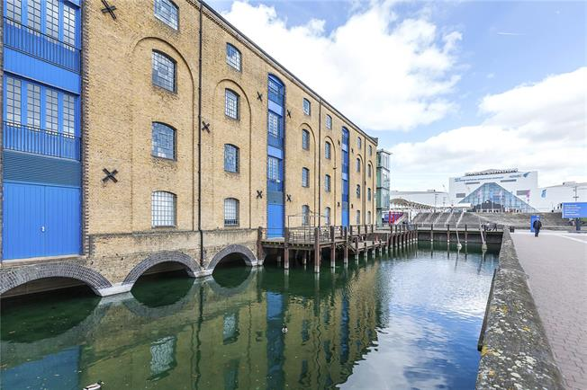 Offers in excess of £800,000, 2 Bedroom Flat For Sale in London, E16