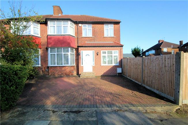 Asking Price £699,999, 4 Bedroom Semi Detached House For Sale in Middx, HA7