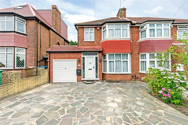 Asking Price £650,000, 3 Bedroom Semi Detached House For Sale in Stanmore, HA7