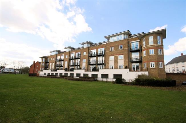 Asking Price £679,950, 2 Bedroom Flat For Sale in Stanmore, HA7