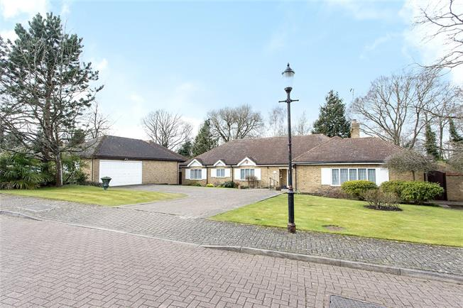 Asking Price £1,395,000, 3 Bedroom Bungalow For Sale in Bushey, Hertfordshire, WD23
