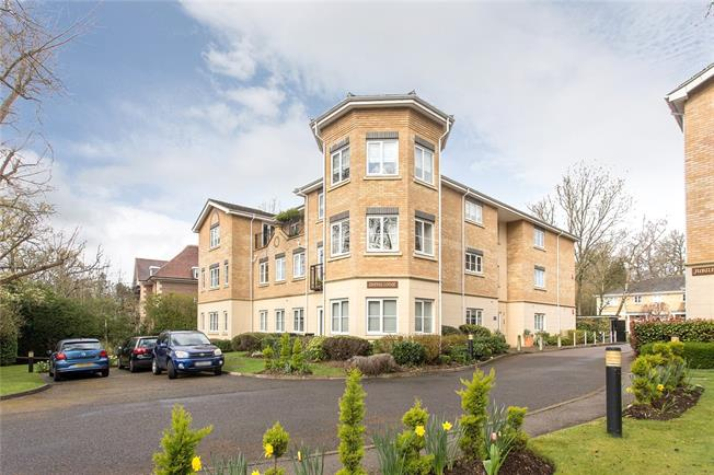 Asking Price £999,500, 3 Bedroom Flat For Sale in Stanmore, HA7