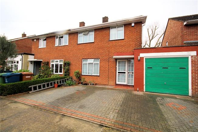 Asking Price £595,000, 4 Bedroom Semi Detached House For Sale in Stanmore, HA7