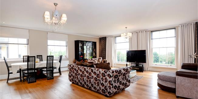 Asking Price £1,350,000, 3 Bedroom Flat For Sale in Stanmore, HA7