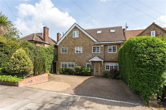 Asking Price £1,500,000, 4 Bedroom Detached House For Sale in Stanmore, HA7