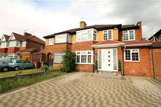 Asking Price £730,000, 4 Bedroom Semi Detached House For Sale in Stanmore, HA7