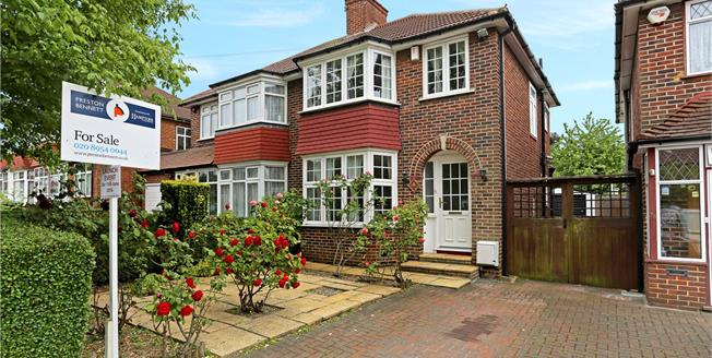 Guide Price £600,000, 3 Bedroom Semi Detached House For Sale in London, NW9